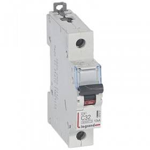 Disjoncteur DX³6000 - 1P - 32A - 230V à 400V~ - Courbe C - vis/vis LEGRAND