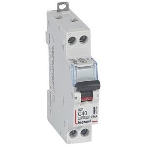 Disjoncteur DX³6000 - Uni+Neutre - 40A - 230V~ - Courbe C - vis/vis LEGRAND