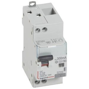 Disjoncteur différentiel DX³ 6000 U+N - 230V~ - 32A - Type F - 300mA LEGRAND