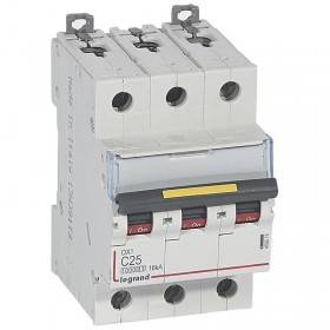 Disjoncteur DX³ 10000 - 16kA - 3P - 400V~ - 25A - courbe C - 3 modules LEGRAND