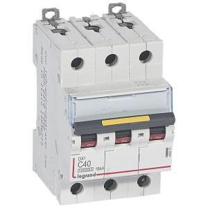 Disjoncteur DX³ 10000 - 16kA - 3P - 400V~ - 40A - courbe C - 3 modules LEGRAND