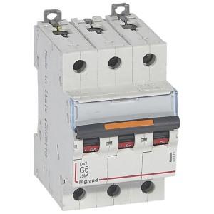 Disjoncteur DX³ 25kA - 3P 400V~ - 6A - courbe C - 3 modules LEGRAND