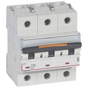 Disjoncteur DX³ 25kA - 3P 400V~ - 50A - courbe C - 4,5 modules LEGRAND