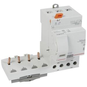 Bloc différentiel adaptable DX3 4P 400V~ - 63A - typeAC 300mA sélectif - pour disj 1 module/pôle LEGRAND