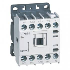 Mini-contacteur CTX³ 3 pôles 9A 1NO - tension de commande 110V~ LEGRAND