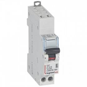 Disjoncteur Phase+Neutre DNX³4500 6kA auto/vis - 1P+N 230V~ 32A courbe C - 1 module LEGRAND