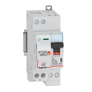 Disjoncteur 1P+N 230V~ 16A - courbe C - 2 modules - auto/vis - DX³ STOP ARC 4500 - 6kA LEGRAND