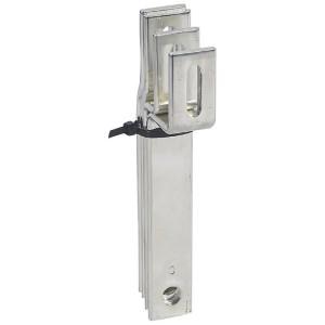 Barres cuivres rigides pour alimentation d'un jeu de barres VX³ 400A en gaine à câbles par un DPX³630 LEGRAND