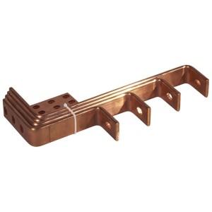 Barres cuivres rigides pour alimentation d'un jeu de barres VX³ 800A en fond d'armoire par jeu de barres cuivre 1600A LEGRAND