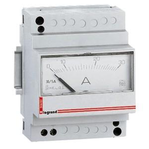 Ampèremètre analogique modulaire branchement direct courant alternatif ou continu - 0A à 30A - 4 modules LEGRAND