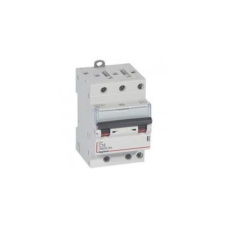 Disjoncteur tripolaire 16A courbe C - 400V~ 1 module - vis/vis - DX³4500 6kA LEGRAND