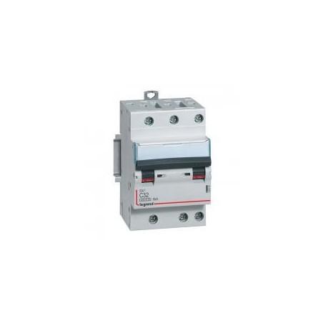 Disjoncteur tripolaire 400V~ 32A courbe C - 1 module - vis/vis DX³4500 6kA LEGRAND