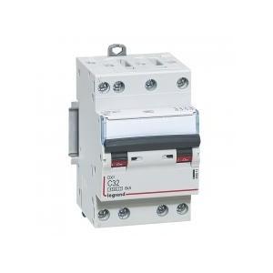 Disjoncteur tétrapolaire 32A courbe C - 400V~ 3 modules - vis/vis DNX³4500 6kA LEGRAND