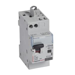 Disjoncteur différentiel DX³4500 arrivée haute vis et départ haut automatique U+N 230V~ - 40A typeAC 30mA - 2 modules LEGRAND