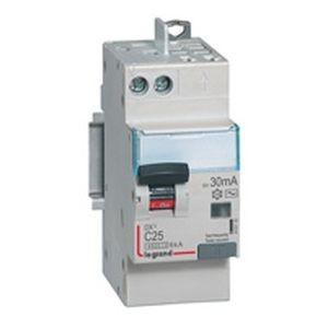 Disjoncteur différentiel DX³4500 arrivée haute vis et départ haut automatique U+N 230V~ - 25A typeAC 30mA - 2 modules LEGRAND